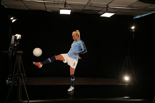 Vodafones 5g Holographic Call England Captain Steph Houghton Explains Her Part In It image 3