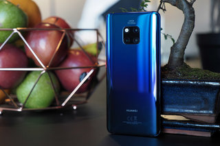 Huawei Mate 20 Pro review image 2