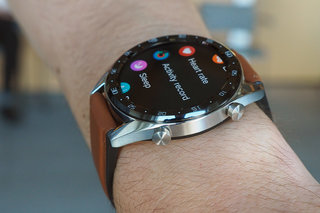 Huawei Watch GT review on wrist image 1
