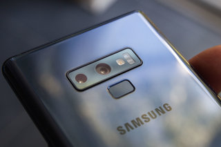 Samsung and LG both showing 5G handsets in February