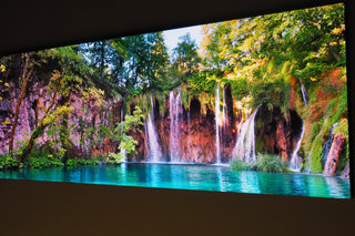 Samsung Shows Off 75-inch Version Of Its Microled Wall Tv image 2