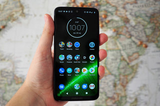 Motorola Moto G7 Plus review details image 1