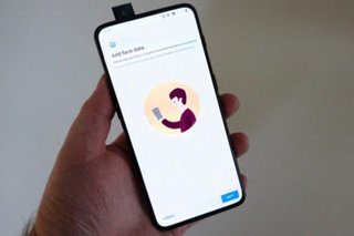 OnePlus 7 hands on picture appears online