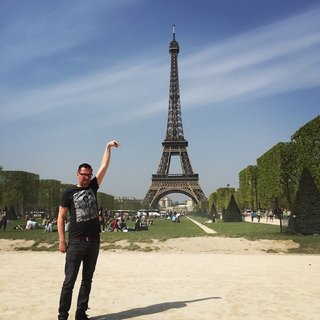 Celebrate 130 years since the Inauguration of the Eiffel Tower with hilarious Photoshoppings image 2