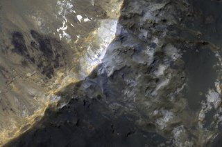 Staggering Images Of Mars Like Youve Never Seen Before image 17