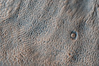 Staggering Images Of Mars Like Youve Never Seen Before image 18