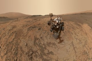 Staggering Images Of Mars Like Youve Never Seen Before image 4
