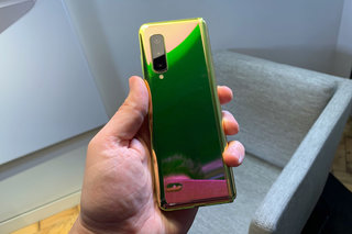 Weve just folded the Samsung Galaxy Fold and this is what it looks like up close image 3