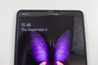 Galaxy Fold Review - Updated model image 6