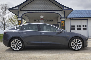 Tesla Model 3 review image 5