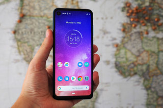 Motorola Moto One Vision review image 2