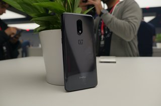 OnePlus 7 initial review 6T evolution image 3