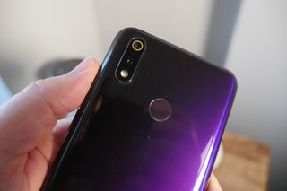 Realme 3 Pro initial review image 6