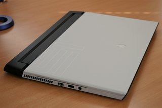 Alienware M15 gaming laptop review image 4