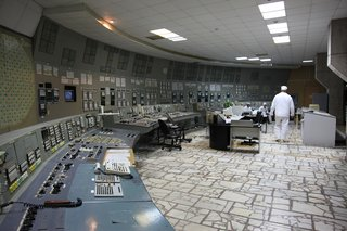 Satisfying Photos Of Classic Control Rooms That Once Ran The World image 3
