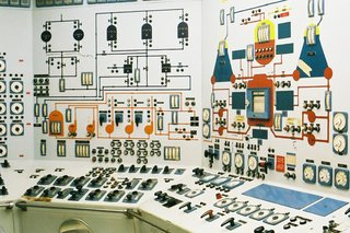 Satisfying Photos Of Classic Control Rooms That Once Ran The World image 7