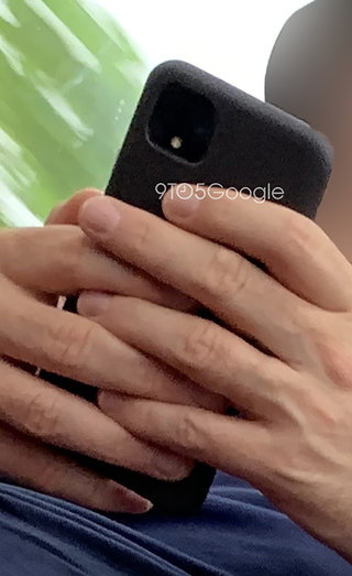 Actual Google Pixel 4 spotted being used outdoors image 2