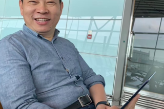 Huawei CEO spotted out with a Mate X: Will the foldable launch in September?