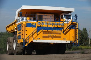 12 of the largest machines and vehicles you've ever seen