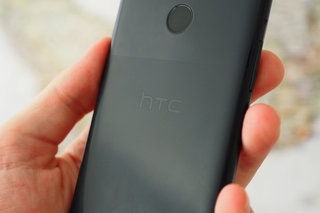 HTC pulls its phones from sale in UK over IP infringement claim