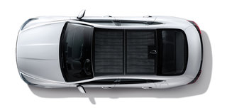 Hyundai New Sonata Hybrid With Solar Panel Roof Now On Sale image 2