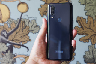 Motorola Moto One Action review image 2
