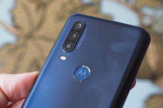 Motorola Moto One Action review image 8