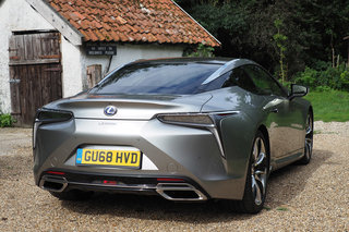 Lexus LC500h review image 4