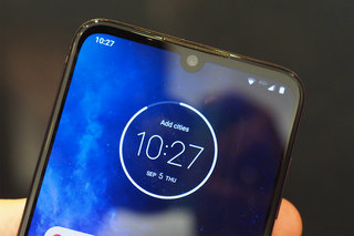 Moto One Zoom review image 8