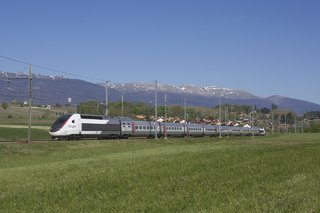 The Fastest Trains Around World Record Breaking Trains image 4