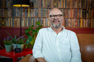 Red Dwarf's Robert Llewellyn: Smart meters and home batteries are key to cheaper bills