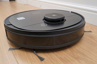 Ecovacs Deebot Ozmo 950 review image 2