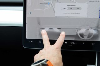 A closer look at the Tesla Model 3 interior and infotainment tech image 4