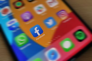 Facebook is finally going to let you bin those repetitive Marketplace and group notifications