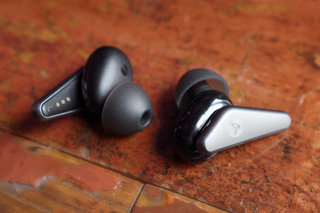 Why Noise-cancelling Earbuds Are The Perfect Companion To Help You With Your New Year Goals image 3