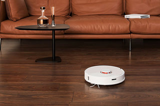 Roborock S6 ($200 off this week) has all the power and intelligence of a $900 vacuum but for a lot less