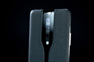 Black is the new orange for OnePlus Concept One