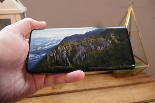 Smartphone display refresh rates: What does 120Hz mean, and does it matter?