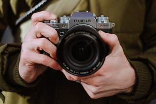 Fujifilm X-T4 mirrorless camera can crank out 15 frames per second