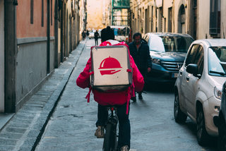 How to safely get food delivery or takeout during the pandemic