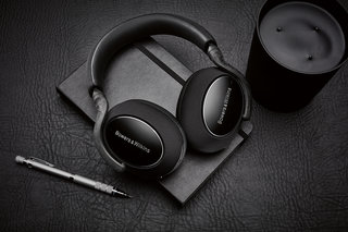 Bowers & Wilkins PX7 Carbon Edition headphones add new colour to ANC flagship line