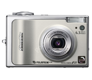 Fuji FinePix F11 digital camera