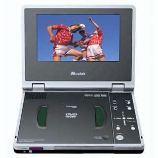Mustek DTV407 portable DVD player with Digital TV