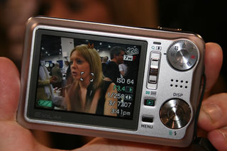 Casio EX-V7 digital camera - FIRST LOOK