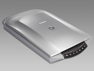 Canon CanoScan 4400F scanner