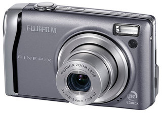 Fujifilm FinePix F40fd digital camera