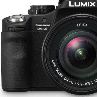 Panasonic Lumix DMC-L10 DSLR camera