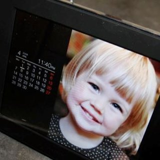 Sony DPF-D80 digital photo frame