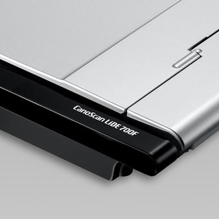 Canon Canoscan LiDE 700F scanner