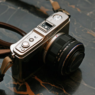 Olympus Pen E-P1 - First Look